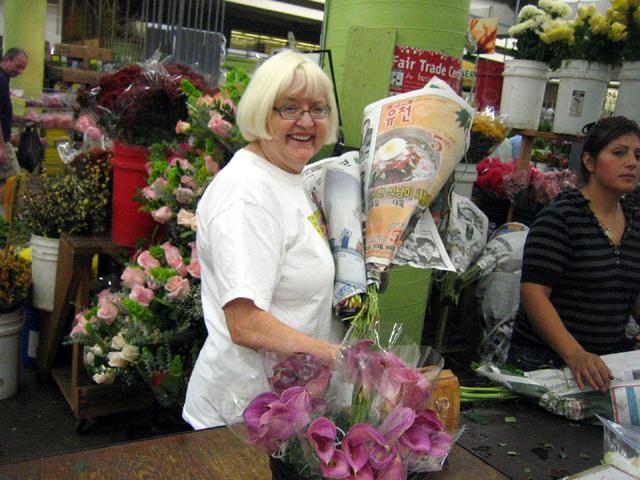 mom_flowermart.jpg